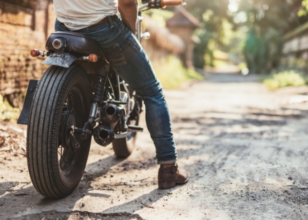 person on a motorcycle_Image_600x429