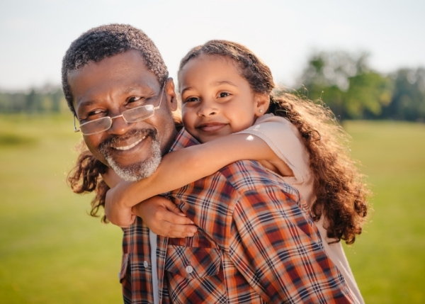 grandfather and granddaughter_Image_600x429 (1)